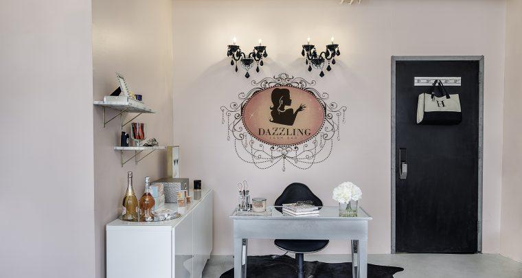 Dazzling Lash Bar